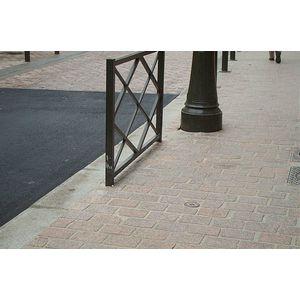 Pavés à Argenteuil (2003)
